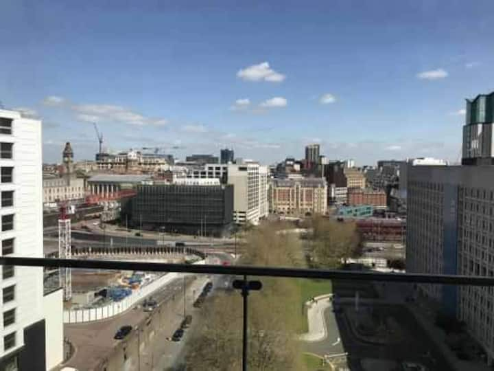 PALACE IN CITY CENTRE BIRMINGHAM WITH FREEPARKING