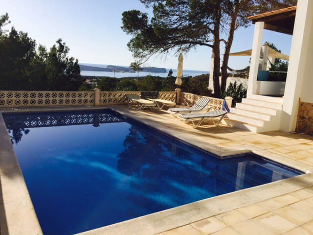 Cala Conta Villa 4 bedrooms, private pool,