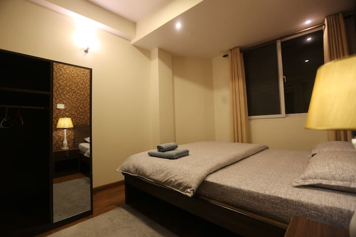 Nhu Chhe - Makalu Apartment