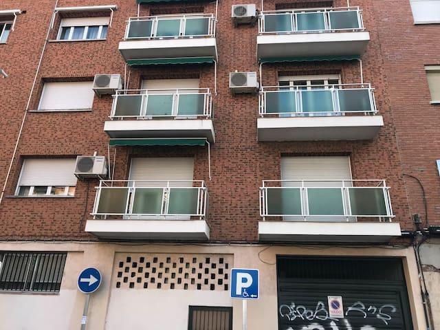 Residencia en Madrid- bajos