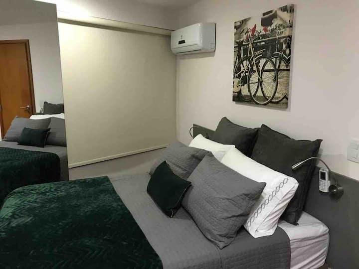 Apartamento decorado à Beira mar, 2 quartos