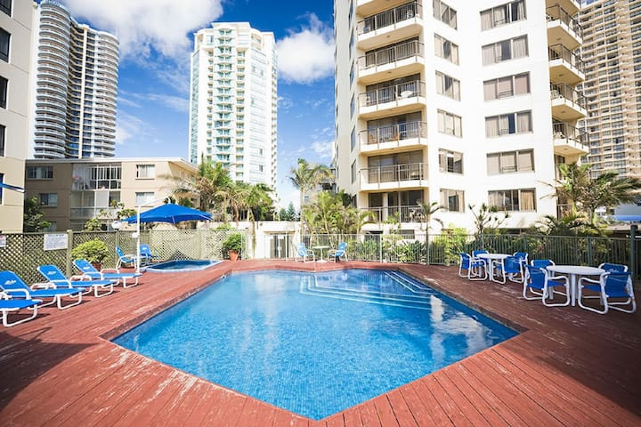 Heart of Surfers Paradise Private Bedroom