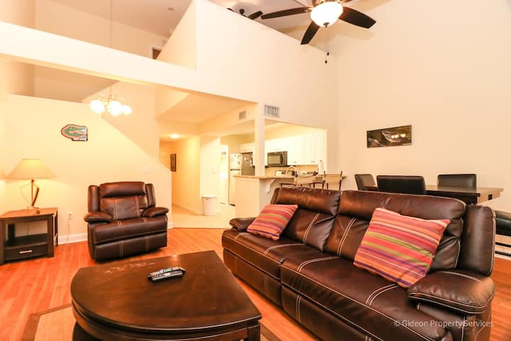 Beautiful Townhome in the Heart of Gainesville