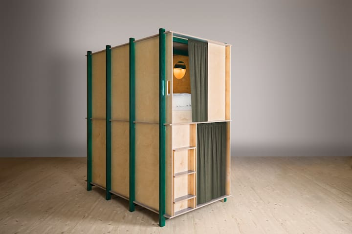 Green Marmot Capsule Hotel - for Males