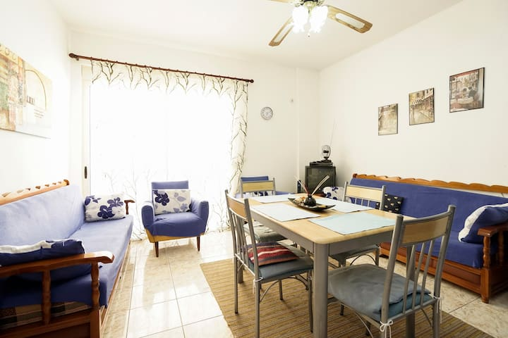 Sea view apartment in Durres Beach - Durrës - Lägenhet