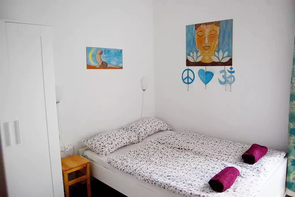 Nicely furnished Bright double bedroom