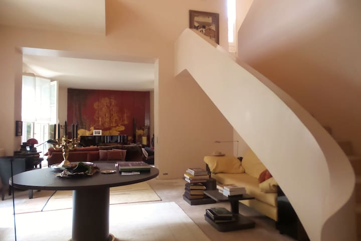 A cosy home in a quiet street in Saint-Germain - París - Bed & Breakfast