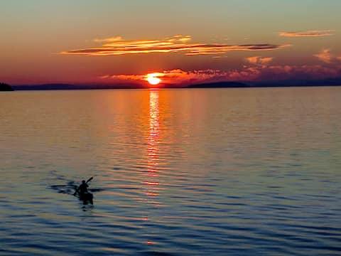 Oceanfront Romantic Getaway