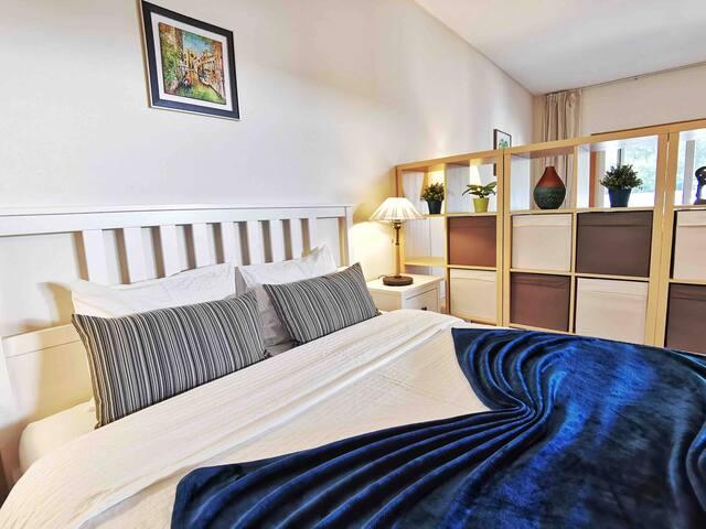 Double bed  (1.6*2 meters)