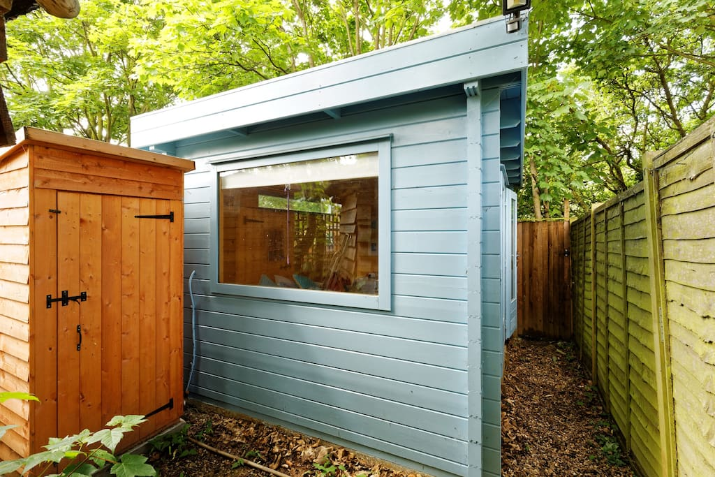 compost loo and cabin