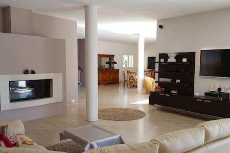 Villa provençale - Sardan