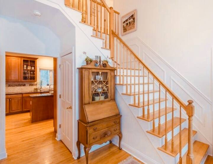 Adorable Furnished Bedroom Historic Morristown
