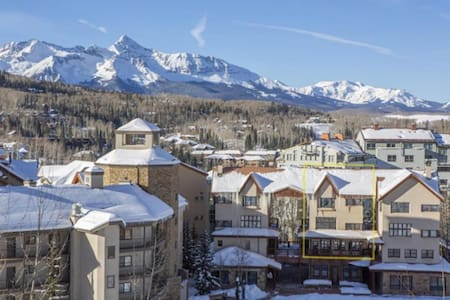 2BDRM Ski In/ Ski Out Shirana Condo Unit 5 - Mountain Village