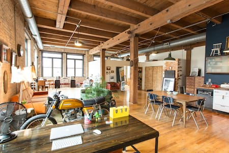 Art Loft, Ukrainian Village/West Town - Chicago - Loft
