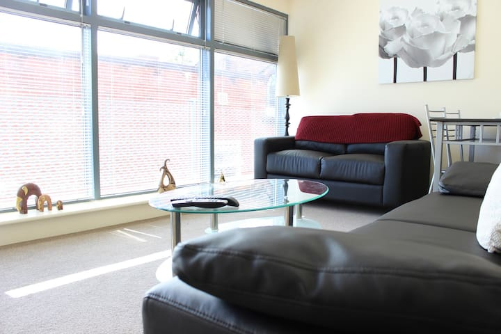 Stylish and modern apartment off Winckley Square