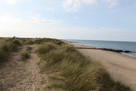 The perfect base to explore the coast & the Broads