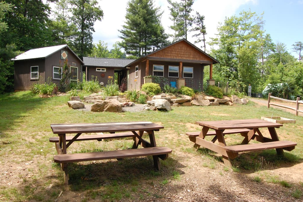 Franny's Farm - Community Building used by Guests with kitchen, bathrooms and shower house
