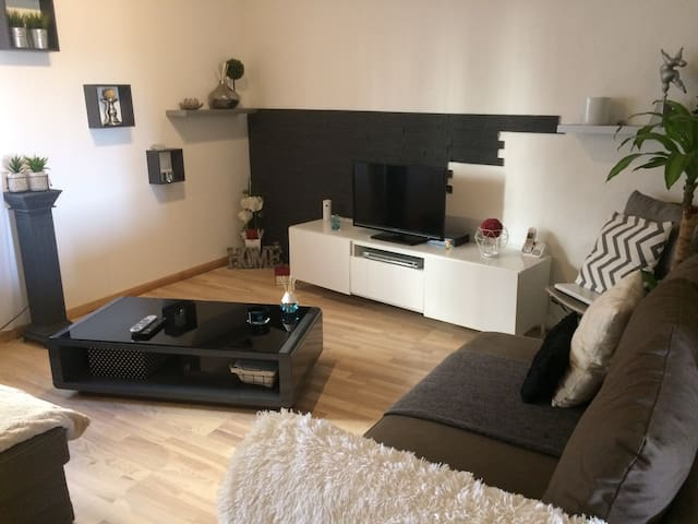Bel appartement sur Cadenet - Cadenet - Apartment