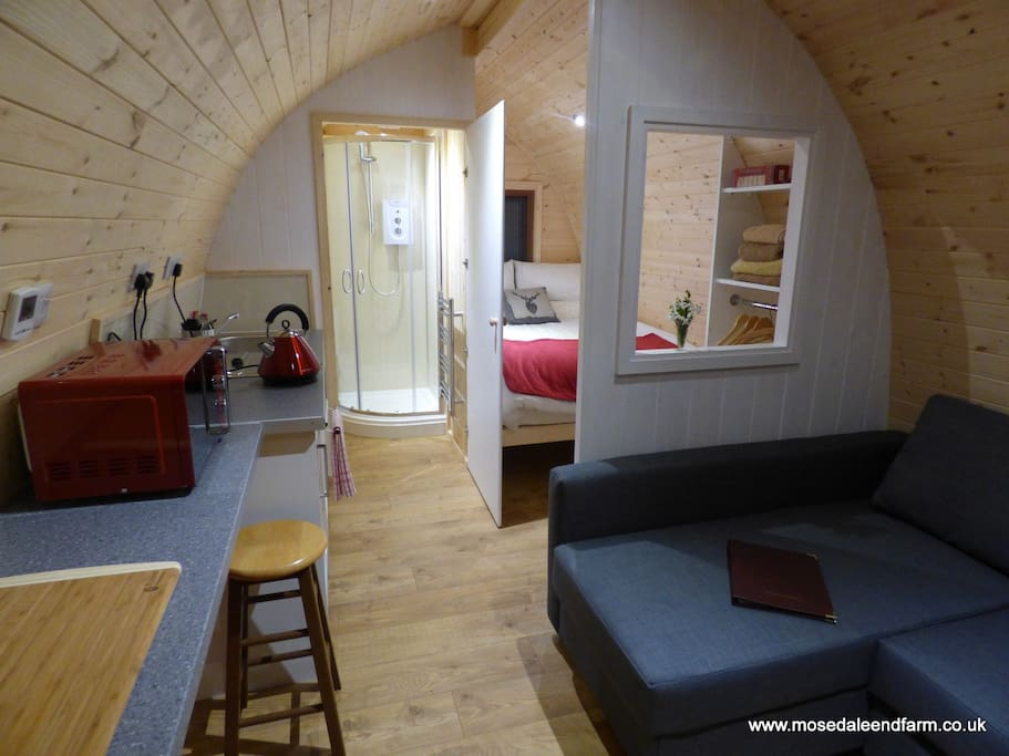 Glamping Pod @ Mosedale End Farm, en-suite with kitchenette