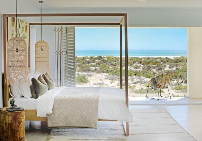 Villa Kersbos - West Coast beachfront property