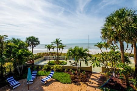 Premier Solana Beach House - Redington Beach - Haus