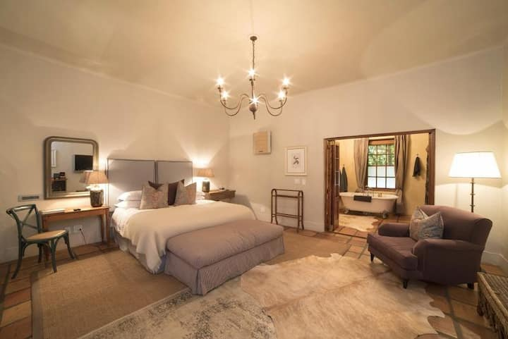 Avondrood Guesthouse - Luxury Room