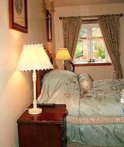 Melody House Bed and Breakfast - Great Ryburgh