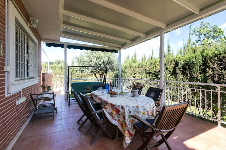Chalet Great location and view in Torrevieja