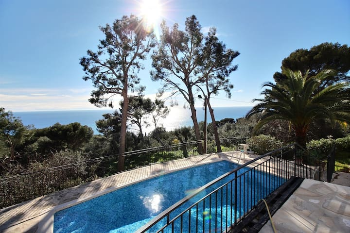 Luxury modern studio just outside Monaco - Cap-d'Ail - Apartemen