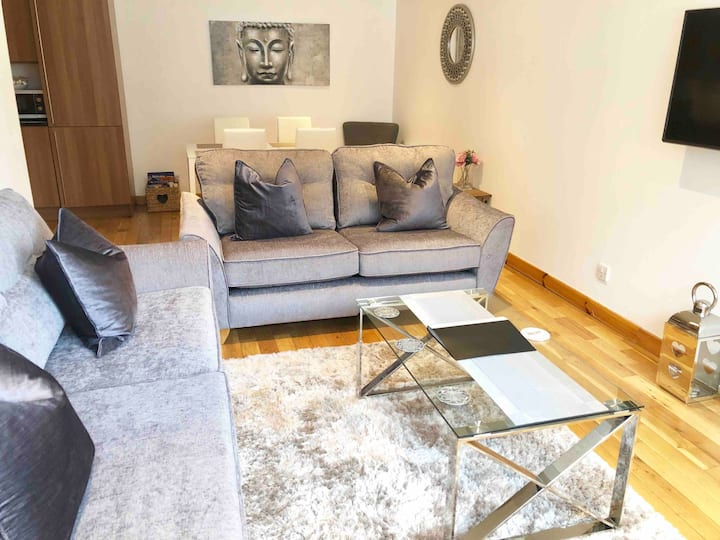 City Centre Apartment Inverness