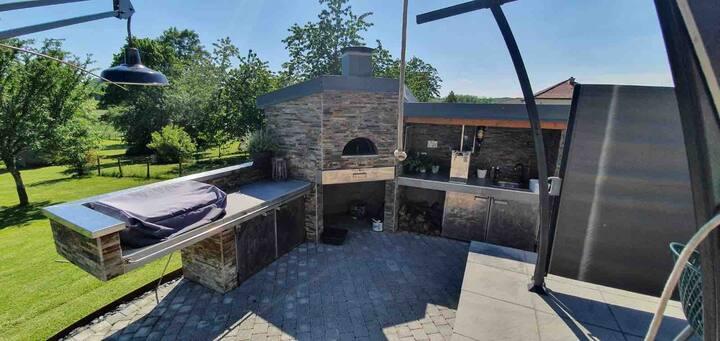 Maison de campagne avec piscine et pool house
