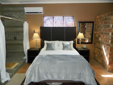 Комната 5 @ Aub 668 Mariental