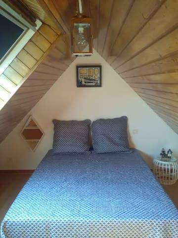 1 lit 140 chambre 2