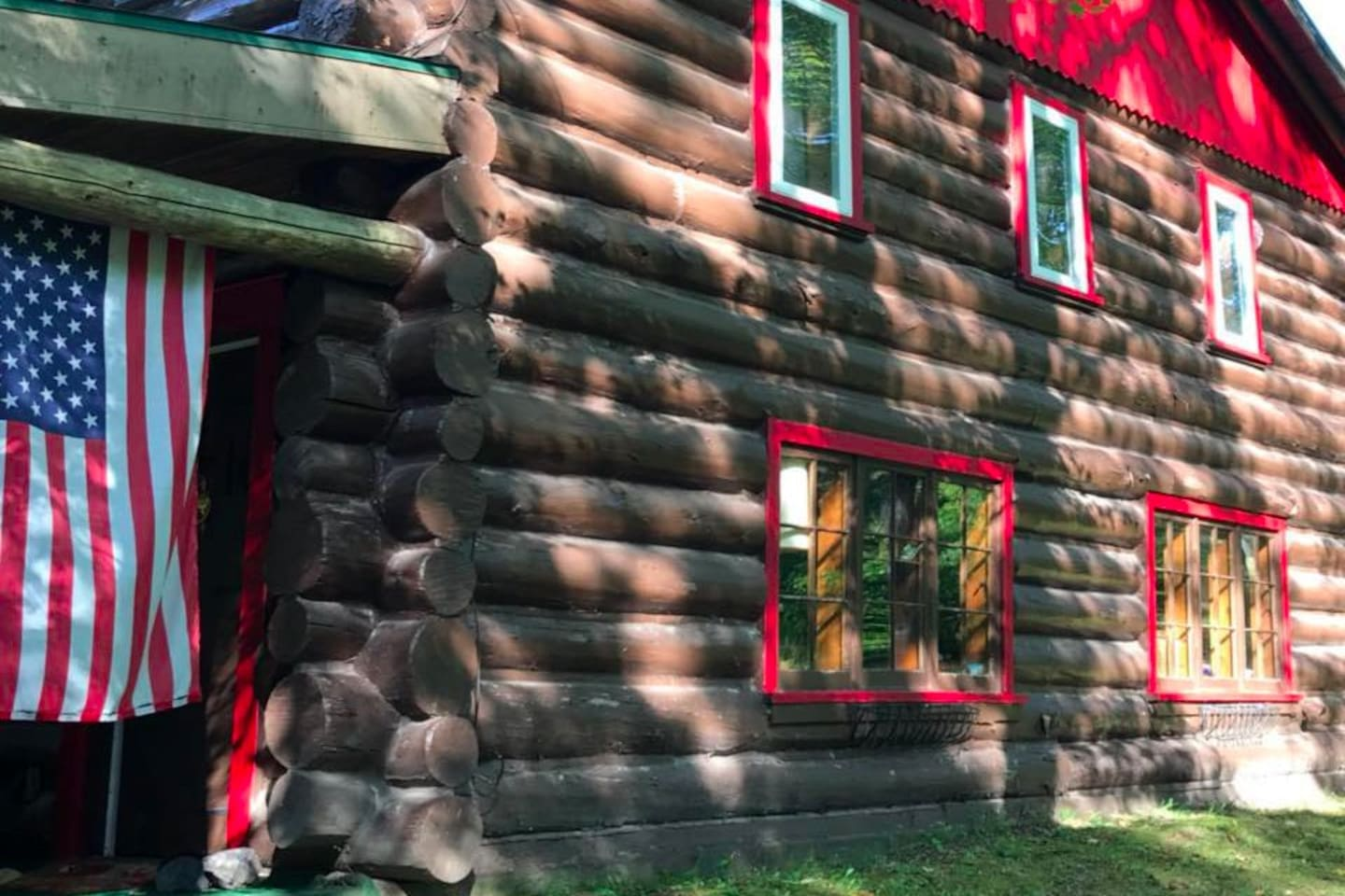 Great Place for all types of travelers. Black Dog Lodge is the place to be in the UP!