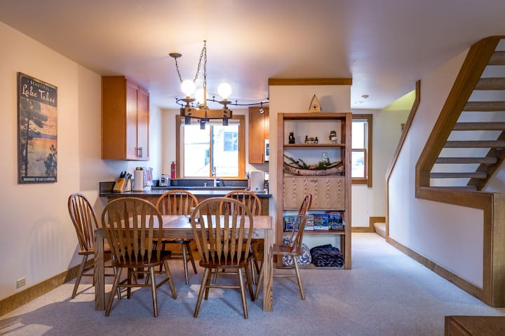 Open concept kitchen to dining room and living room
