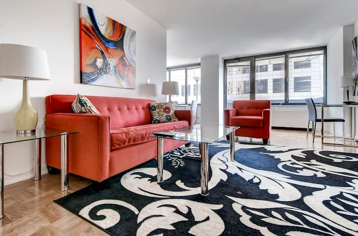 Two Bedroom Apartment Midtown W. near Central Park