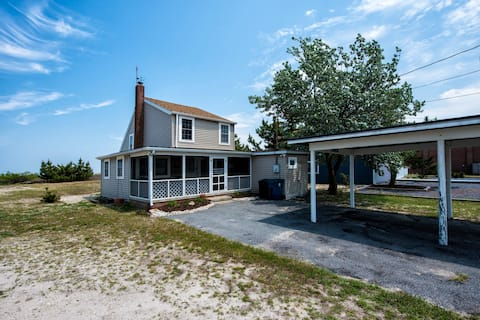 Private & Peaceful Bayside Bungalow