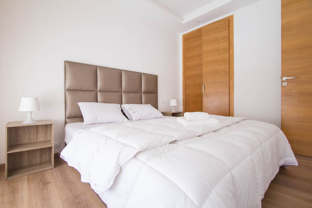 cosy appartement en plein ma rif 12 appartements louer casablanca grand casablanca maroc. Black Bedroom Furniture Sets. Home Design Ideas