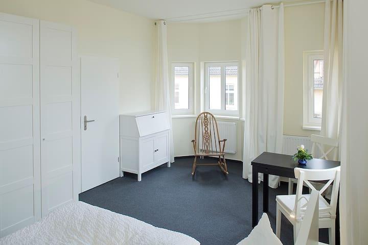 "Apartment 108 ""Erkerzimmer"" - Fürstenberg/Havel - Lejlighed"