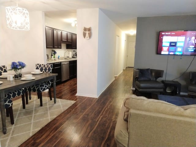 Charming Condo in Central Raleigh