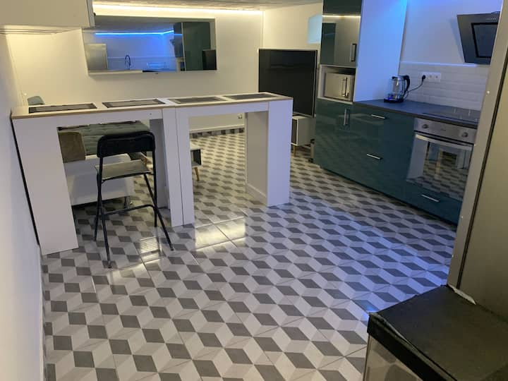 New private luxury House (10 min Parc des Expos)