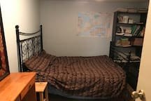Lovely room in the heart of uptown Waterloo!!!