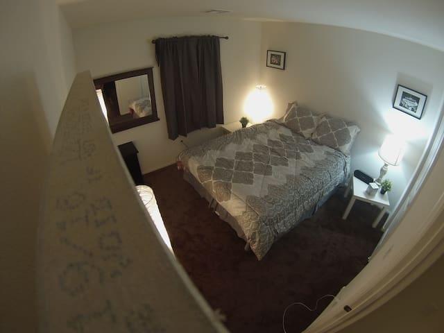 Nice house in a safe quiet neighborhood - Las Vegas - Casa