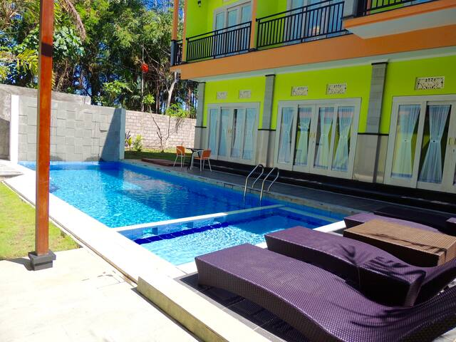 Tirai Bambu Guest House with Pool & WIFI
