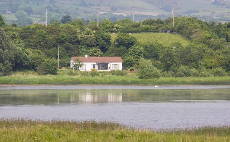 Rose cottage,Tranquility by Inch lake - County Donegal - Cabana