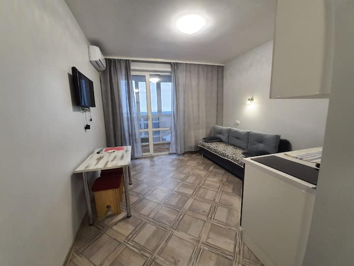 Квартира студия видом на Амур с 22 этажа