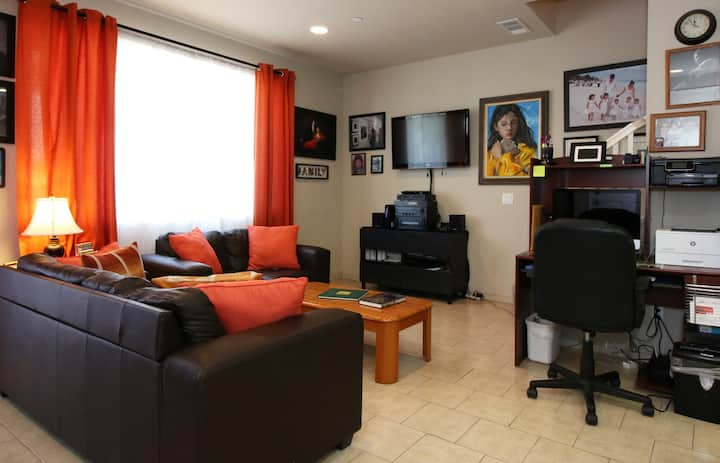 SHARE A PRIV HOME IN SUMMIT EASTLAKE