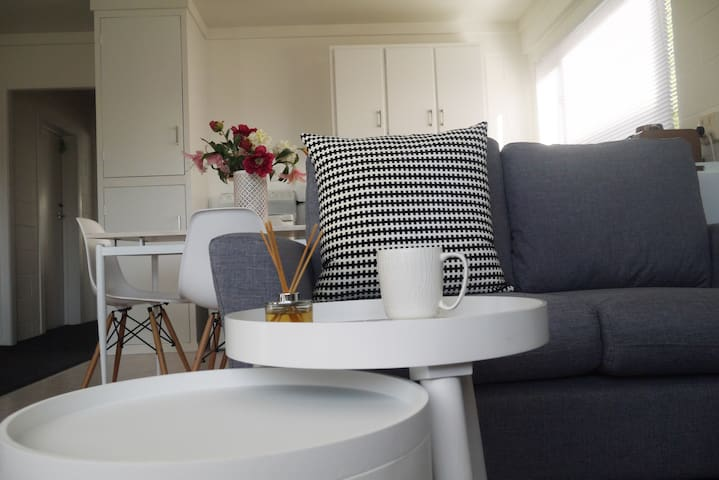 Cosy, Light and 10mins Drive to City Centre - Tauranga - Appartement