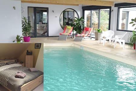 Chambre 1 ,piscine,billard,fitness - Haus