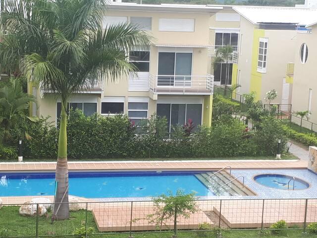Increible apartamento en condominio Anapoima
